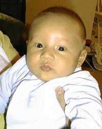 Matthew at 1 month, 20 days